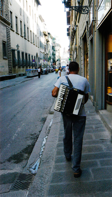 Accordion © Dennis Mojado