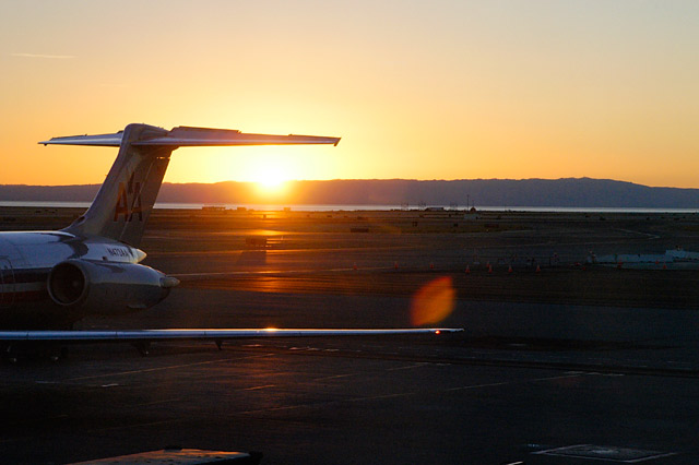 Airline sunrise © Dennis Mojado