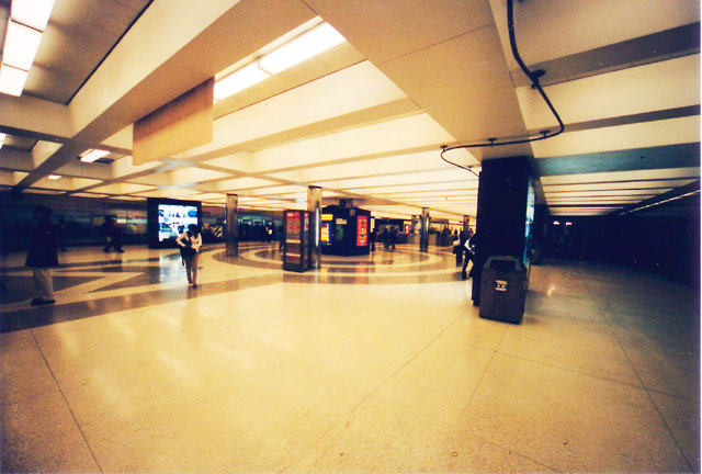 BART Station wide © Dennis Mojado