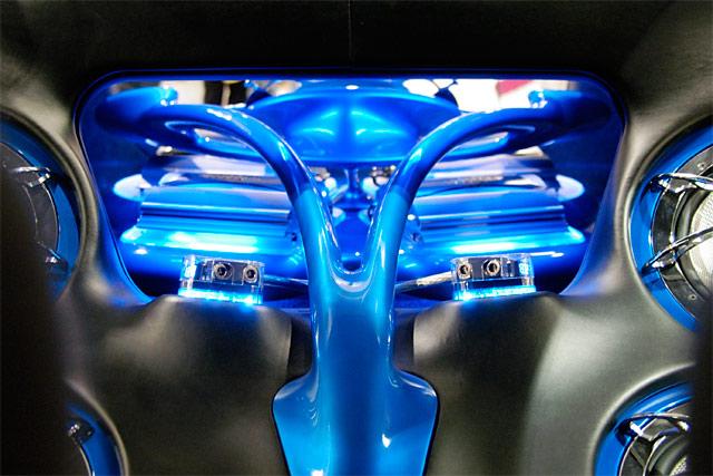 Blue Speaker System © Dennis Mojado