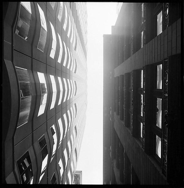 Buildings Alleyway, Up © Dennis Mojado