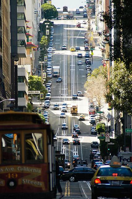 California Street © Dennis Mojado