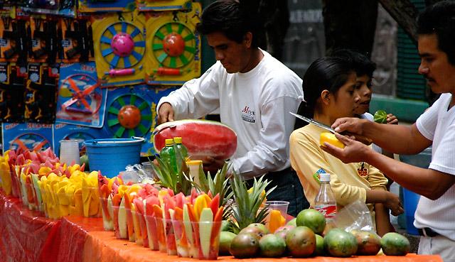 Fruit Stand © Dennis Mojado
