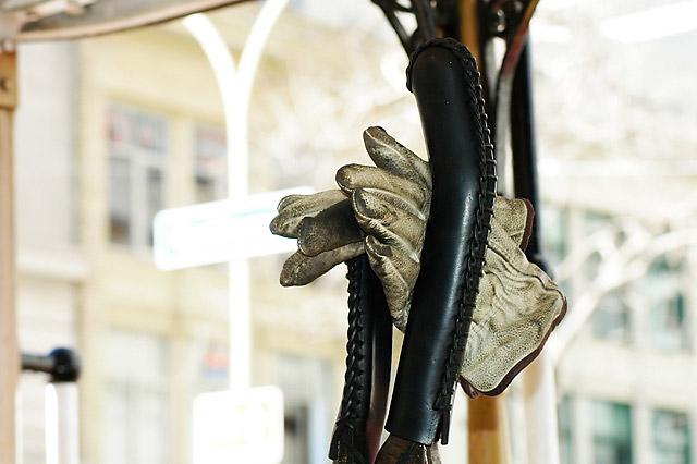 Gloves, Cablecar © Dennis Mojado