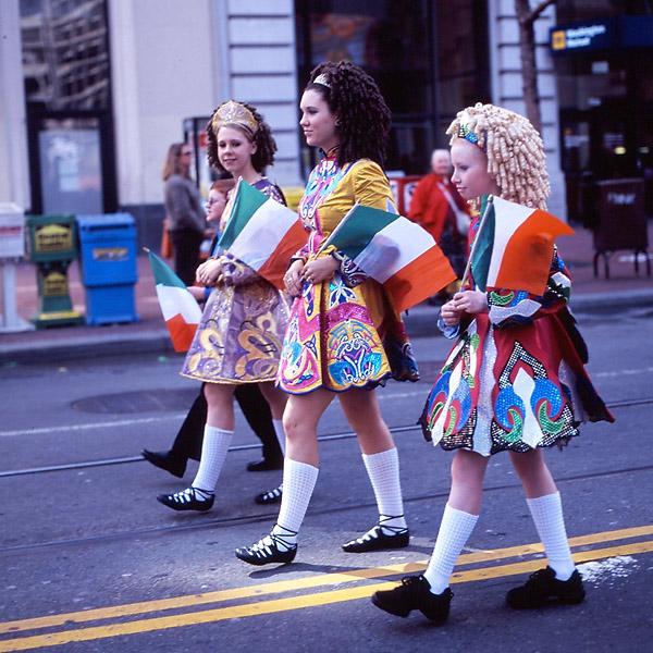 Parade III © Dennis Mojado