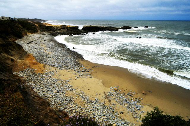 Left Coast © Dennis Mojado