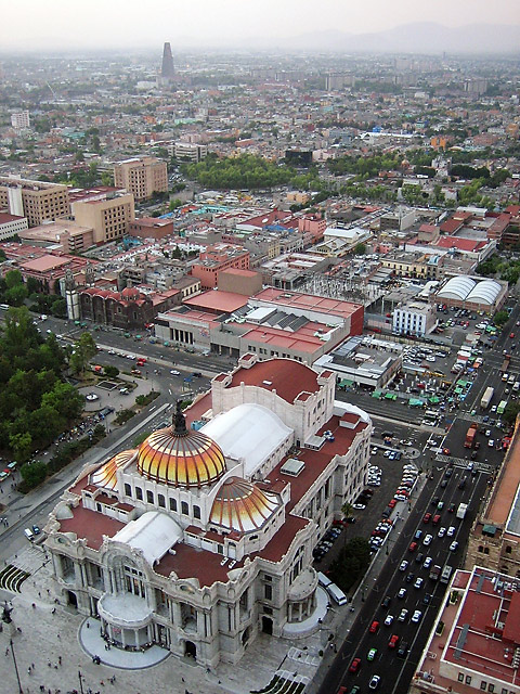 Mexico City © Dennis Mojado