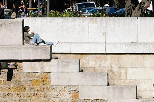 Parisian Steps © Dennis Mojado