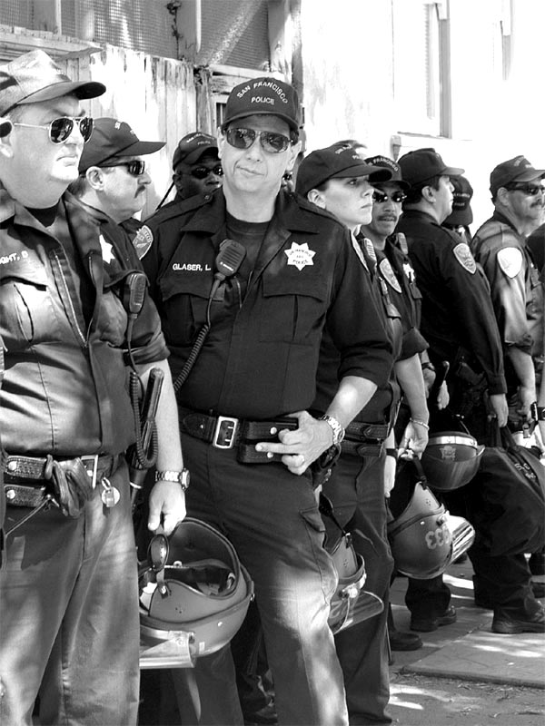 Anti-War Rally Cops © Dennis Mojado