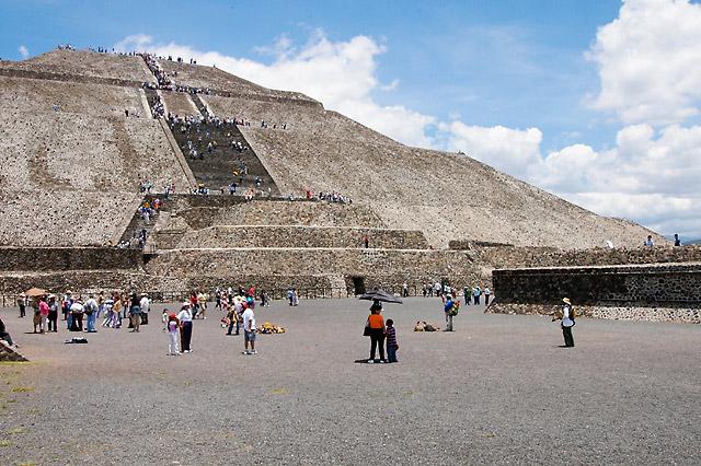 Sun Pyramid I © Dennis Mojado