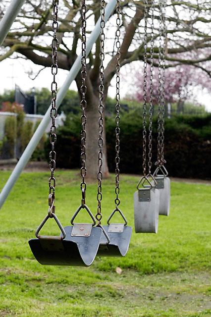 Swing © Dennis Mojado